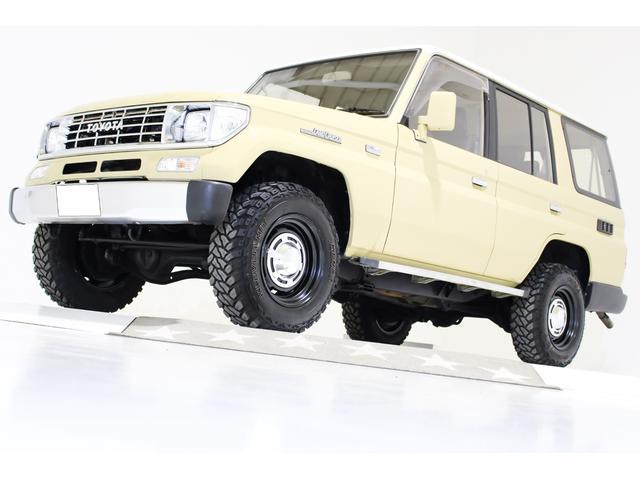 トヨタ ランドクルーザープラド EX EX 4WD ナロー 5速マニュアル タイミングベルト交換済 電動サンルーフ ヴィンテージ16インチアルミホイール ブラックレザー調シートカバー オールクロームメッキグリル LEDコンビテールランプ