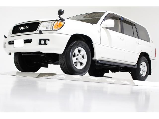 トヨタ ランドクルーザー100 VXリミテッド 4WD ワンオーナー タイミングベルト交換済 センターデフロック リアデフロック ヴィンテージグリル ダブルフォグランプ 後期仕様LEDテールランプ SDナビ フルセグTV Mサーバー バックカメラ
