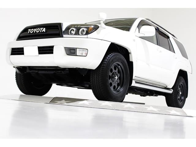 トヨタ ハイラックスサーフ SSR-X 4WD 後期グリル ヴィンテージ仕様 STAR17インチアルミホイール インナーブラックLEDイカリングヘッドライト スモークLEDテールランプ 黒レザー調シートカバー ナビ バックカメラ ETC