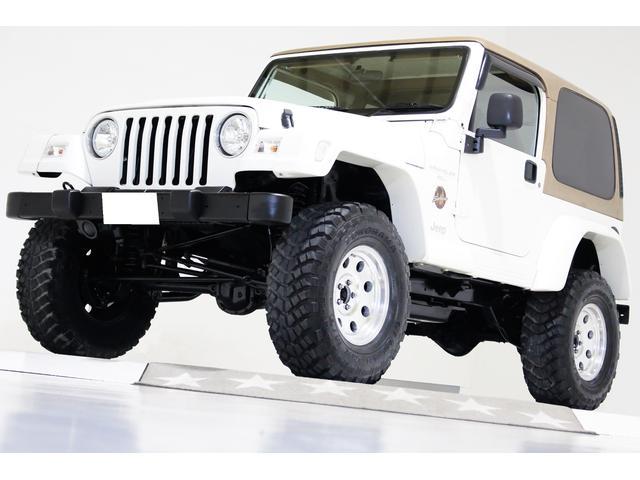 サハラ 4WD リフトアップ ハードトップ ワイドオーバーフェンダー 社外LEDイカリングヘッドライト 社外16インチアルミホイール 背面ハードタイヤカバー CDMDオーディオ 盗難防止付 1ナンバー登録可能