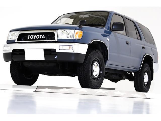 トヨタ ハイラックスサーフ SSR-X ワイド SSR-X 4WD ナローボディ仕様 ヴィンテージグリル ヴィンテージ16インチアルミホイール 4RUNNER仕様オーバーフェンダー ブラックレザー調シートカバー 前後メッキバンパー 電動サンルーフ