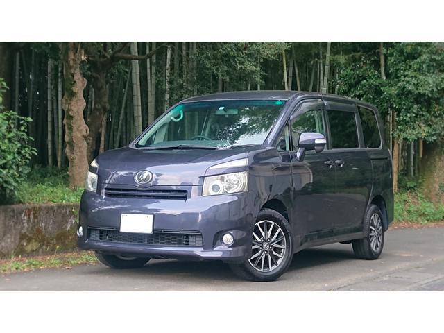 トヨタ ヴォクシー V 4WD エコカー 両側電動スライドドア ETC ナビDTV Bluetooth接続 オートクルーズコントロール 禁煙車 スマートキー