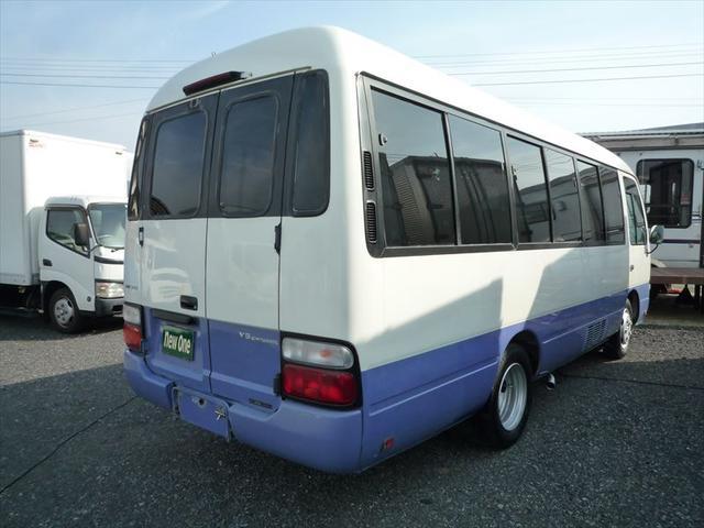 トヨタ DX 1.25t積載 9人乗り 車両総重量4615Kg 旧普通免許運転OK