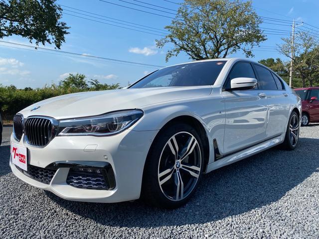 BMW 740i Mスポーツ アダプティブLEDライト アラウンドビューディスプレイキー 記録簿 パーキングアシスト ヘッドアップディスプレイ ETC サンルーフ BLUETOOTH