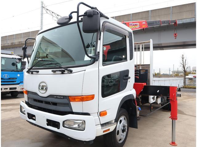 UDトラックス 2.9t吊4段クレーン 木平 積載2.5t
