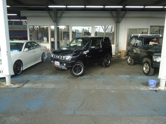 スズキ 専用HDDナビ黒/赤本革シートヒーター4WD背面タイヤETC