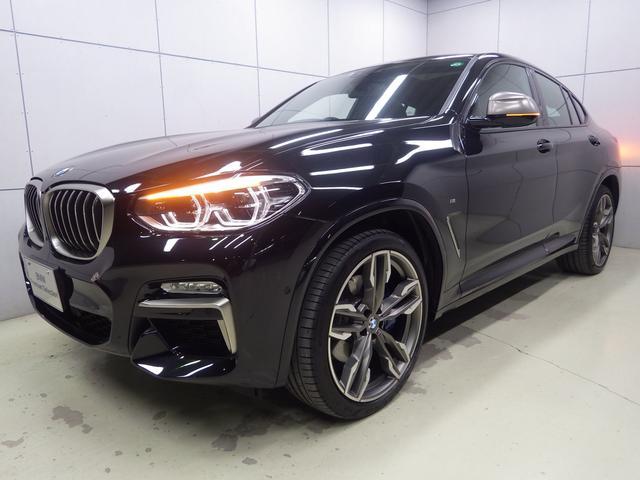 BMW X4 M40i パノラマガラスサンルーフ ハーマンカードンスピーカー アクティブクルーズコントロール ヘッドアップディスプレイ ブラックレザーシート 21インチアロイホイール 正規認定中古車