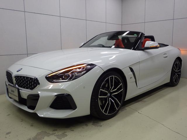 BMW sDrive20i Mスポーツ マグマレッドレザーシート アクティブクルーズコントロール 正規認定中古車