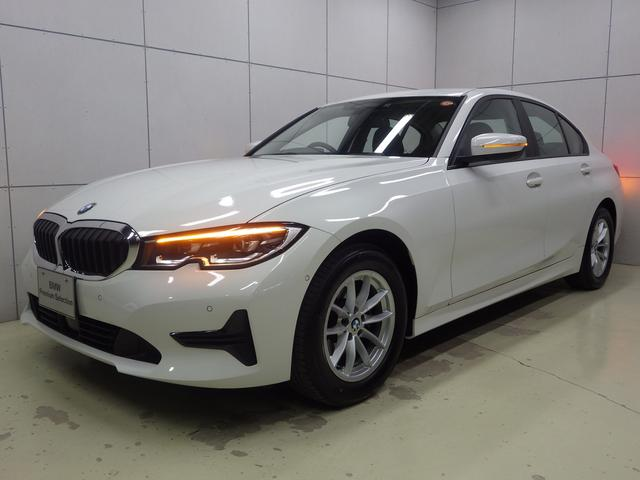 BMW 318i 渋滞時ハンズオフ・レーンキープアシスト・アクティブクルーズコントロール・Appleカープレイ・HDDナビ・Bluetoothオーディオ・ハンズフリー・ETC