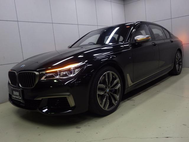 BMW M760Li xDrive V12・6600cc・individual・タルトゥーフォ・リアエンターテインメント・パノラマサンルーフ・Bowers&Wilkins・ソフトクローズ・ベンチレーションシート・20インチホイール