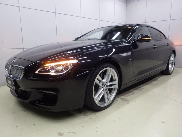 BMW 6シリーズ 650iグランクーペ Mスポーツ ワンオーナー・ガラスサンルーフ・ソフトクローズドア・ヘッドアップディスプレイ・アダプティブLEDヘッドライト・ACC・20インチAW・マルチ液晶メーター・ウッドパネル・正規認定中古車