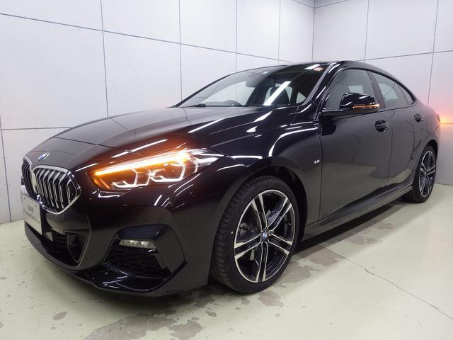 BMW 218dグランクーペ Mスポーツエディションジョイ+ ナビパッケージ・Bluetoothオーディオ・バックカメラ・ハンズフリー・Appleカープレイ・アクティブクルーズコントロール・18インチアロイホイール・運転席ド電動シート・ETC