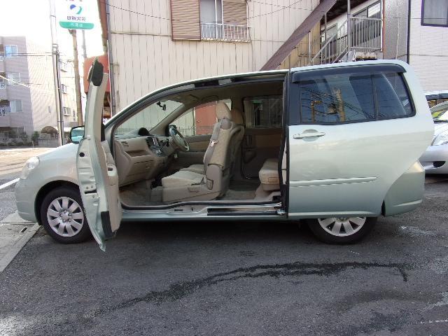 トヨタ Gパッケージ ナビ 左オートスライド