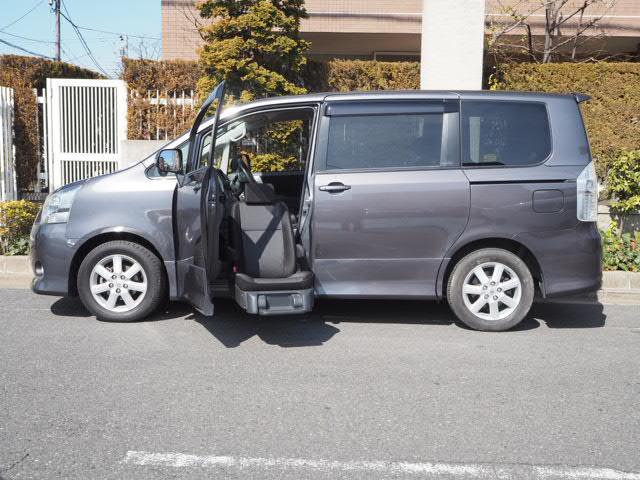 トヨタ 福祉車両 助手席サイドアップシート 8人乗り両側オート