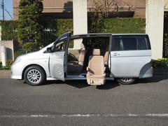 アイシスL 福祉車両 後席リフトアップシート 車いす用クレーン付き