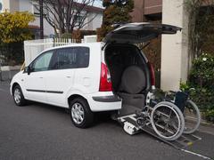 プレマシー福祉車両 リヤースロープ 車椅子1名他4名乗車