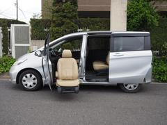 フリード福祉車両 サイドリフトアップシート ギャザズナビTV Bモニ