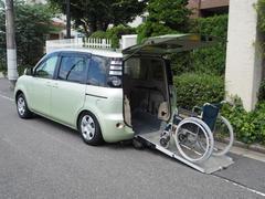 シエンタ福祉車両 リヤースロープ 車椅子1名他5名乗り