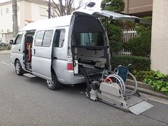 キャラバンマイクロバス福祉車両 4WD ディーゼル リヤーリフト 10人乗り