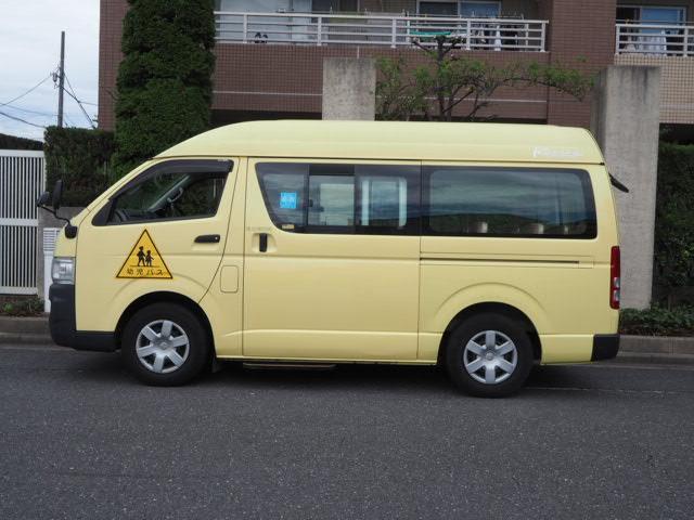 トヨタ  幼児バス 大人4名幼児20名乗り オートステップ 非常口 ダブルエアコン ダブルヒーター