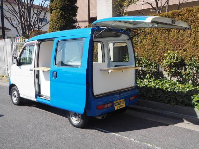 ダイハツ ハイゼットカーゴ  移動販売車 キッチンカー ケータリングカー シンク2個付き 水ポンプ2個付き 集中ドアロック