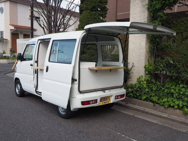 三菱 ミニキャブバン  移動販売車 キッチンカー ケータリング車 シンク2個付き 水ポンプ2個付き カウンター2セット