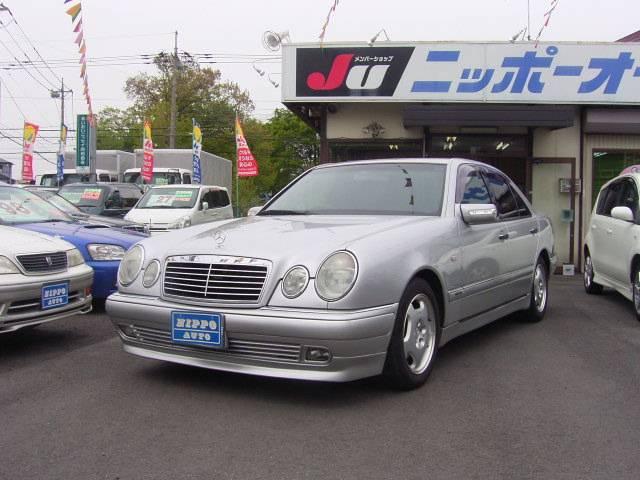 メルセデス・ベンツ E230 キセノン DVDナビ エアロ ローダウン