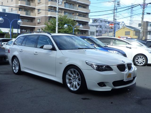 BMW 525iツーリングMスポーツPKG禁煙車サンルーフ黒革