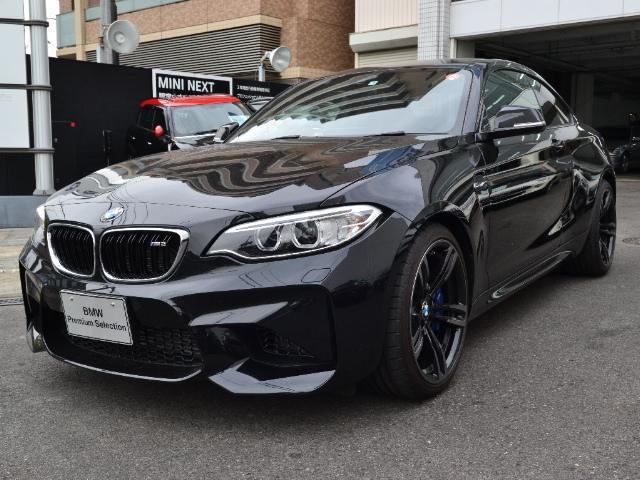 BMW 認定中古車ベースグレード 6MT 黒革 バックカメラ付