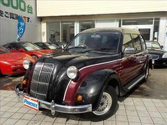 トヨタクラシッククラシック トヨタ60周年記念100台限定車 赤革シート