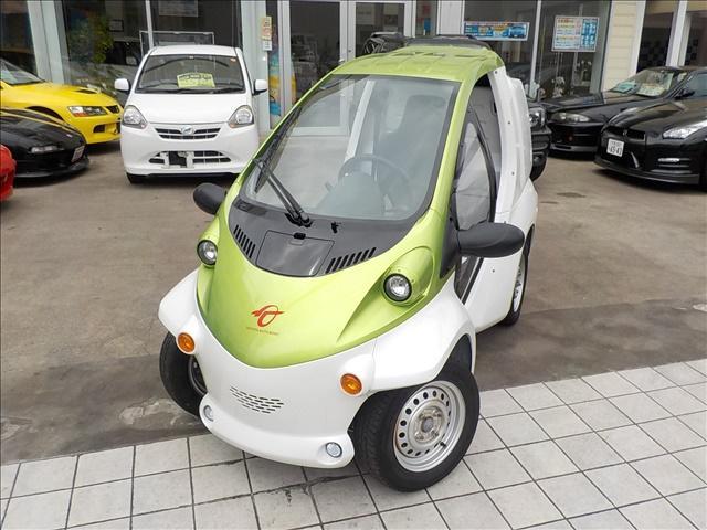 トヨタ コムスBcomデリバリー小型電気自動車EVツートンカラー