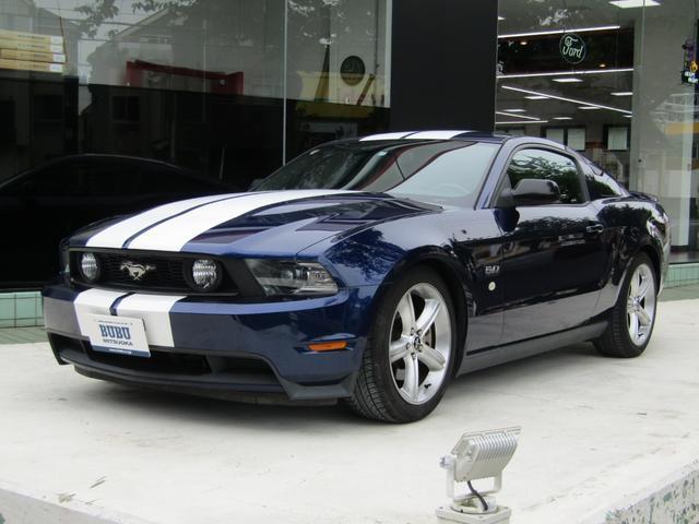 フォード マスタング V8 GT プレミアム 正規ディーラー車 黒革シート シートヒーター 純正19インチアルミホイール