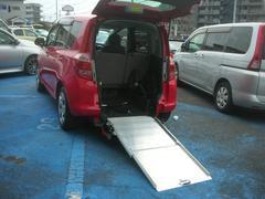 ラクティスGスローパータイプ福祉車両