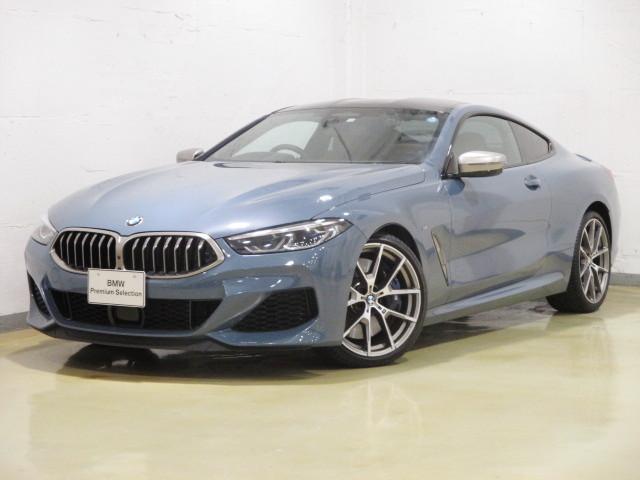 BMW 8シリーズ M850i xDriveクーペ B&Wサウン...