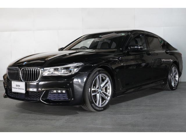 BMW 740i Mスポーツ ブラックレザーシート