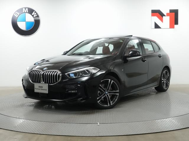 BMW 118i Mスポーツ 18インチAW 電動パノラマサンルーフ マグマレッドレザー内装 ハイラインパッケージ アクティブクルーズコントロール Rカメラ LED 衝突軽減 車線逸脱 USB Harman/Kardon