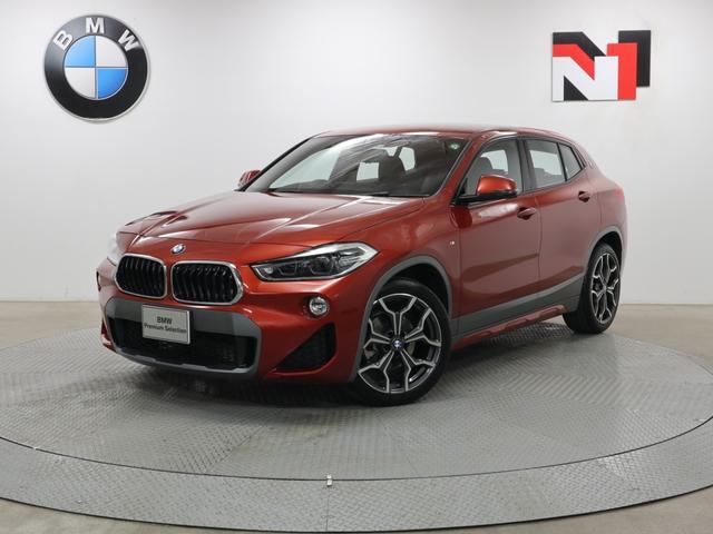 BMW sDrive 18i MスポーツX 19インチAW コンフォートパッケージ アクティブクルーズコントロール Rカメラ FRセンサー LED 衝突軽減 車線逸脱 USB ヘッドアップディスプレイ フロントシートヒーター 電動リヤゲート