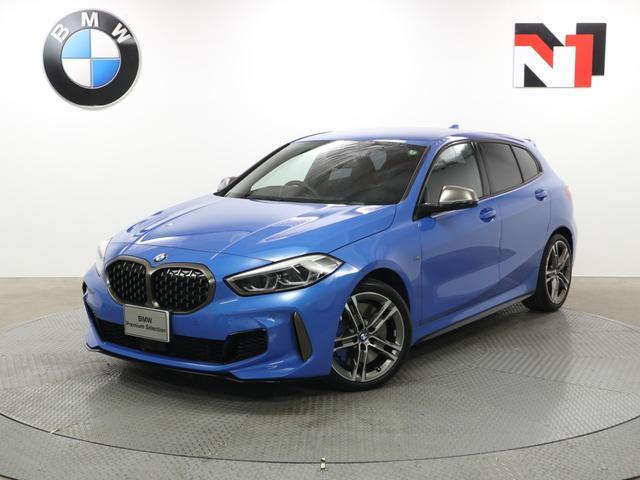 BMW M135i xDrive 18インチAW デビューパッケージ アクティブクルーズコントロール パドルシフト Rカメラ FRセンサー LED 衝突軽減 車線逸脱 USB 電動リヤゲート フロントシートヒーター