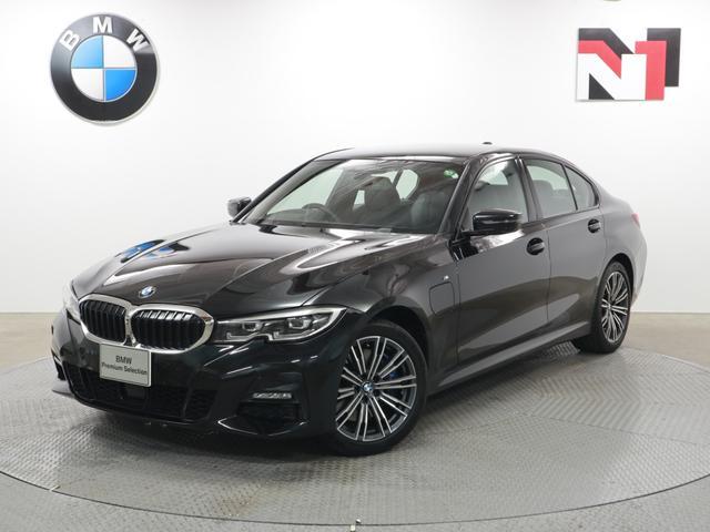 BMW 3シリーズ 330e Mスポーツ 18インチAW アクティブクルーズコントロール パドルシフト Rカメラ FRセンサー LED 衝突軽減 車線逸脱 USB フロントシートヒーター 電動リヤゲート