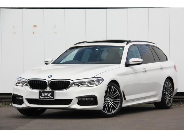 BMW 523iツーリング Mスポーツパッケージ Mスポーツ パノラマサンルーフ ブラックレザーシート タッチパネルナビ パーキングアシスト ステアリングアシスト アクティブクルーズコントロール