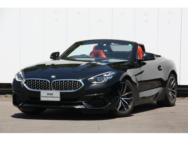 BMW Z4 sDrive20i スポーツ スポーツ ハーマンカードンHi‐Fiスピーカー マグマレッドレザー シートヒーター アクティブクルーズコントロール