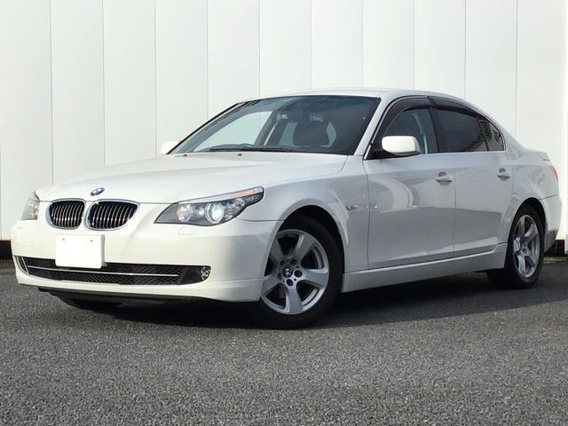 BMW 5シリーズ 525iハイラインパッケージ ブラックレザー フロントシートヒーター キセノンライト Blue-Tooth ETC車載器 AUX端子 クルーズコントロール 17インチAW 車検整備付 禁煙車
