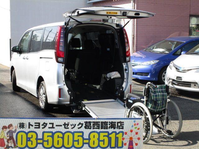 トヨタ Xi ウェルキャブ スロープI車いす2脚 電動ウィンチ付