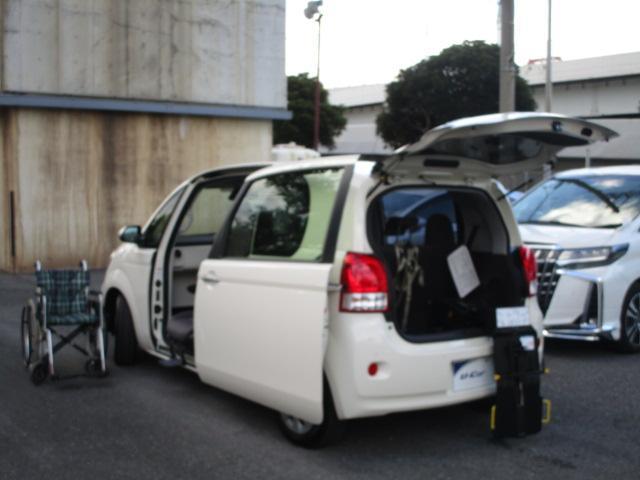 トヨタ X ウェルキャブ 助手席回転チルトシート Bタイプ 車いす収納装置 左側パワースライドドア トヨタセーフティセンス アイドリングS フットレスト スマートキー インテリジェントクリアランスソナー 福祉車両