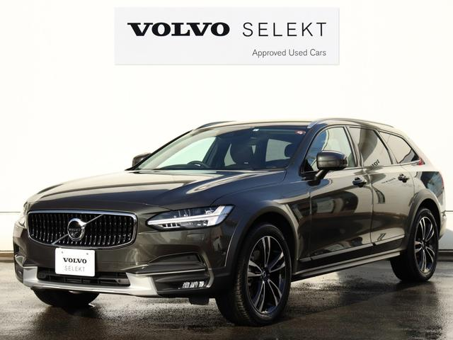 Photo of VOLVO V90 CROSS COUNTRY D4 AWD SUMMUM / used VOLVO