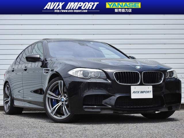 BMW M5 イノベーションPKG SR 黒革 HUD 20AW禁煙