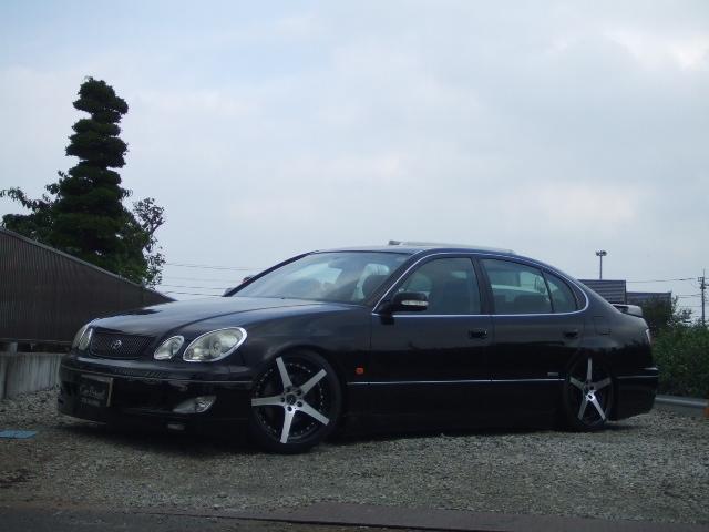 トヨタ V300ベルテックスエディション サンルーフ 車高調