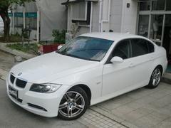 BMW330i