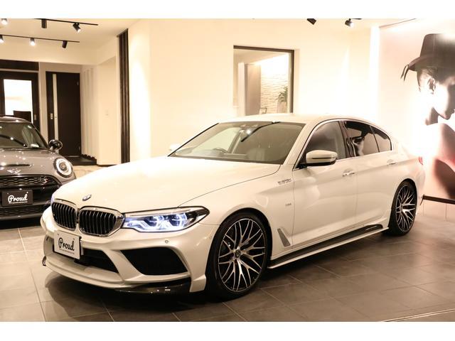 BMW 5シリーズ 523iラグジュアリー エナジーモータースポーツコンプリートカスタム ユーザー買取車 純正ナビ地デジ アラウンドビューカメラ インテリジェントセーフティ 黒本革シート スペアキー