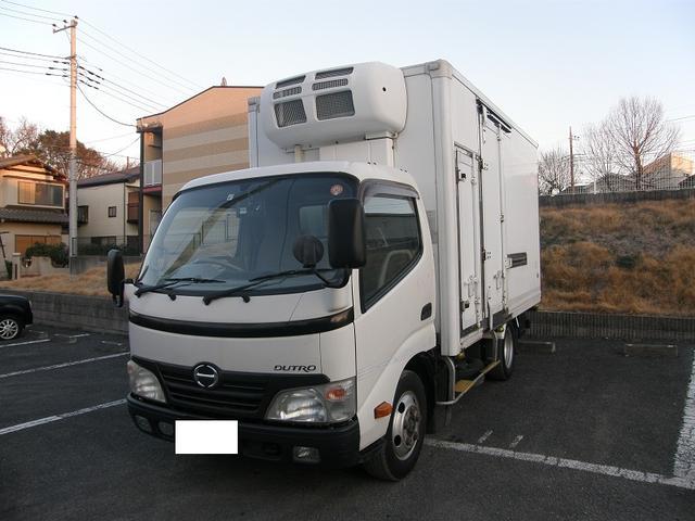 日野 デュトロ 冷凍冷蔵車 2室式前-23度後-15度 最大積載量2トン